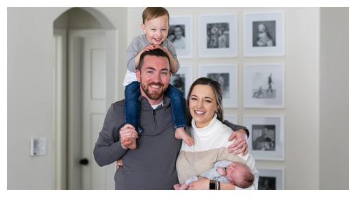 Chiropractor Wichita KS Ryan Grenier with Family